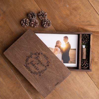 Pudełka na zdjęcia i pendrivy